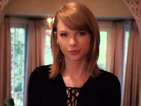 Taylor Swift Answers Vogue's 73 Questions In Her House -- See Her Surprising Confessions!