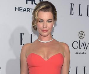 Rebecca Romijn Denies Shading Kendall Jenner & Gigi Hadid After Saying…