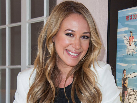 Haylie Duff Goes Makeup-Free In Adorable New Selfie with Daughter Ryan