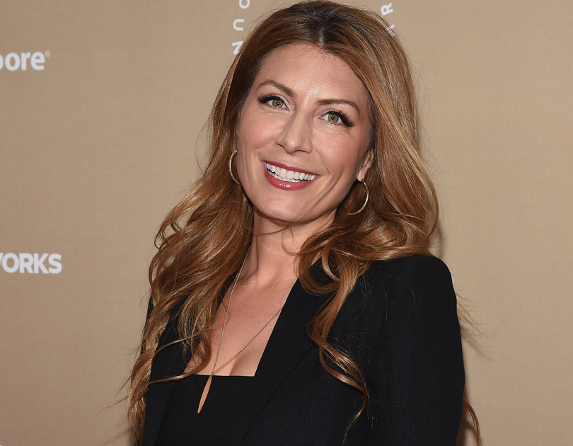 Genevieve Gorder Nude Photos 42