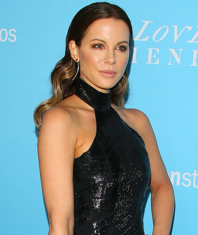 Kate Beckinsale Hangs With Ex Michael Sheen & His New Girlfriend Sarah…