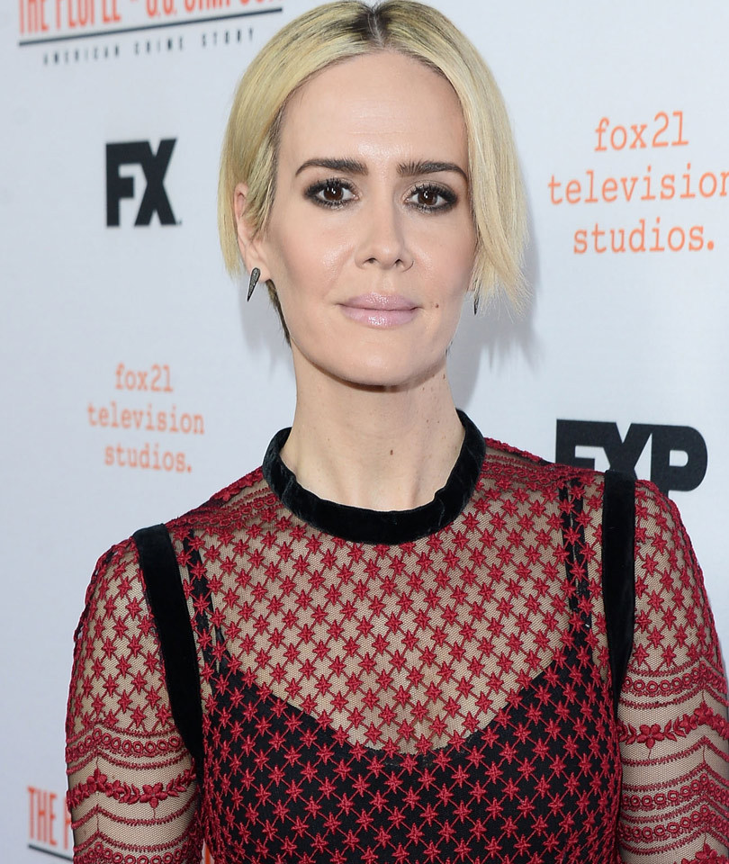 """Sarah Paulson Talks Relationship with Holland Taylor: """"Love Whomever You…"""