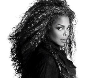 "Janet Jackson Drops ""Dammn Baby"" Music Video Following Pregnancy Reports"
