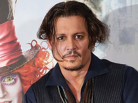 "Johnny Depp Attends ""Alice"" Premiere & More of Today's Hottest Celebrity Sightings!"
