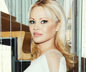 "Pamela Anderson Opens Up About Aging: ""You Can Find Yourself At a Loss"""