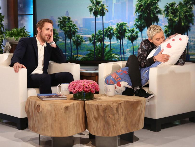 Ryan Gosling Teases Fi...