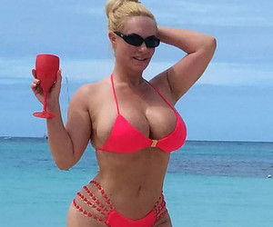 Coco Austin Debuts Her RIDIC Post-Baby Bikini Bod -- See This Week's Best…