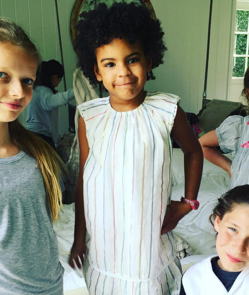 """Gwyneth Paltrow's Daughter Apple Celebrates """"Birthday Brunch"""" with Blue Ivy!"""