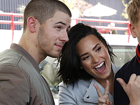 "Demi Lovato & James Corden Grill Nick Jonas About Dating During ""Carpool Karaoke"""