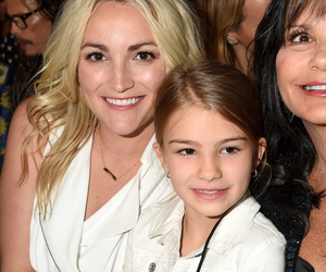 Jamie Lynn Spears & Daughter Maddie Support Britney at #BBMAs