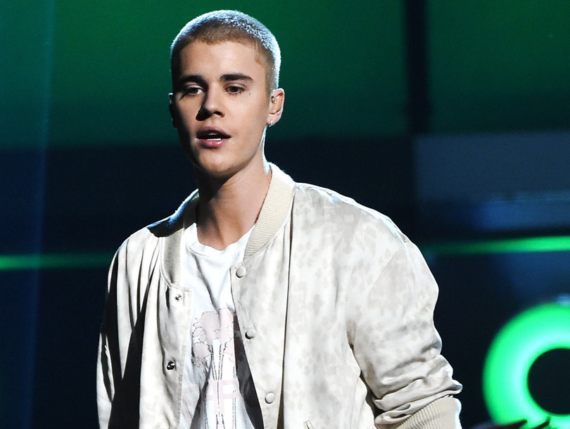 "Justin Bieber Calls Out ""Fake"" and ""Hollow"" Celebs Following 2016 Billboard…"