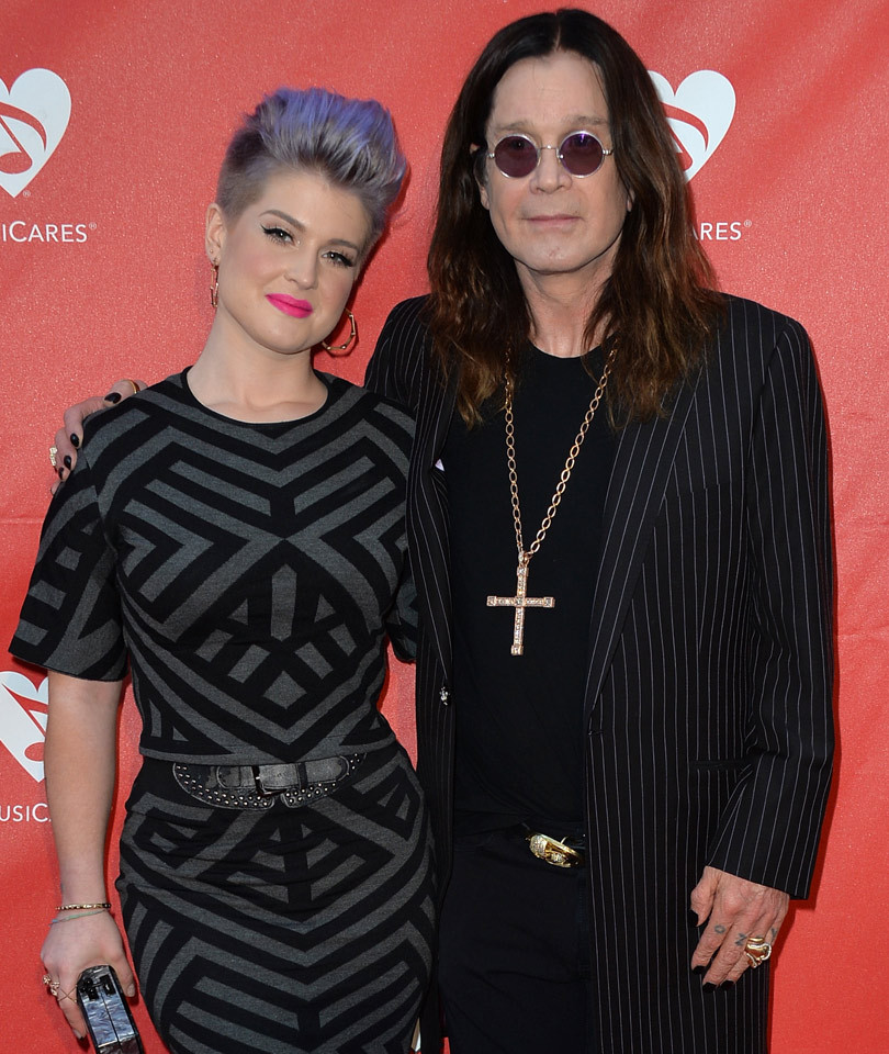 Kelly Osbourne Puts Ozzy Osbourne's Alleged Mistress on Blast, Posts Her Phone…