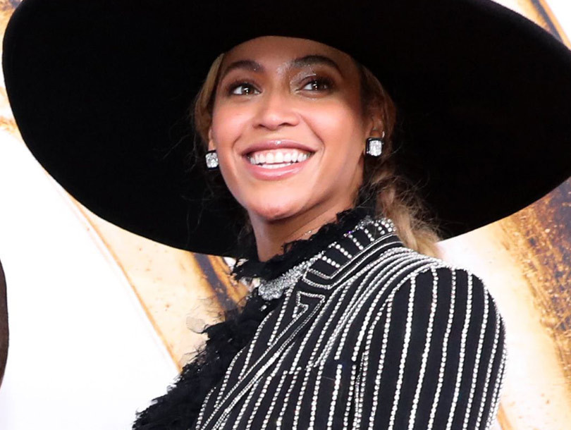 Beyonce Wins the 2016 CFDA Fashion Icon Award -- But, Blue Ivy Is Stealing the…