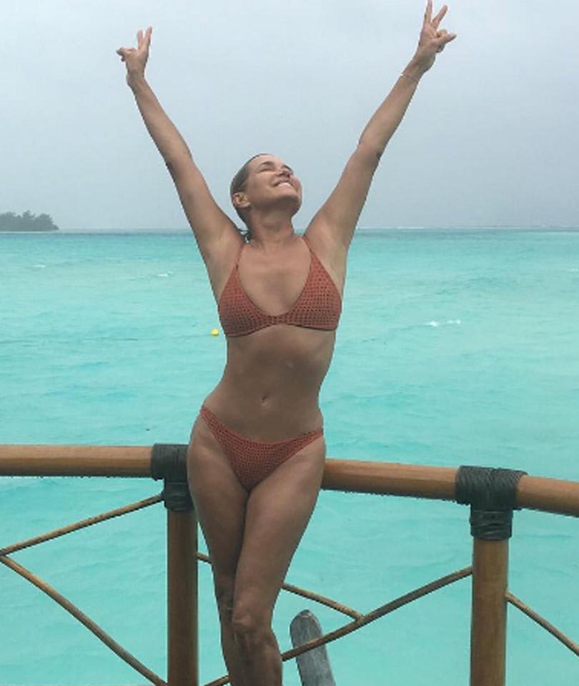 Supermodel Mama! Yolanda Foster, 52, Shows Off Smokin' Hot Bikini Bod