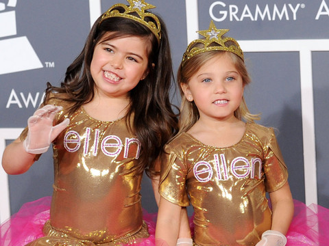"Sophia Grace, 13, Releases New Music Video for ""Girl In the Mirror"""