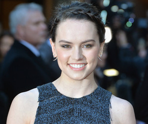 Daisy Ridley Reveals Battle With Endometriosis In Empowering Instagram Post
