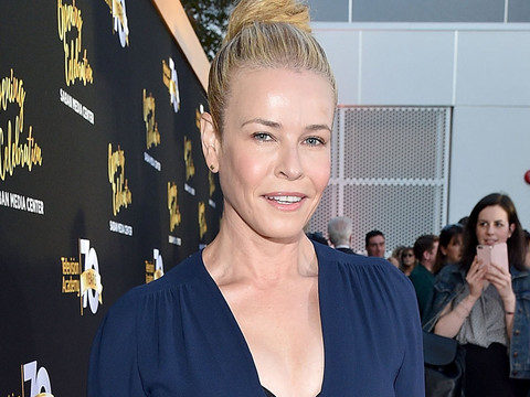"""Chelsea Handler Thinks Reality TV Is """"Brain-Sucking"""" and Lowers Your IQ!"""