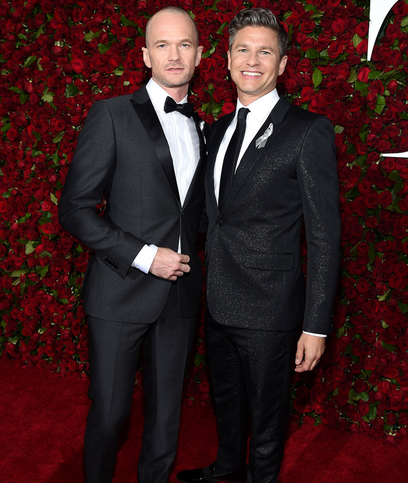 Neil Patrick Harris Shows Off Totally Shaved Head at the 2016 Tony Awards -- Like the Look?!