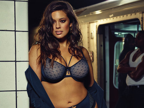 "Ashley Graham Shows Off Killer Curves For ""Provocative"" New Lingerie Line"