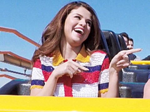 "Selena Gomez & James Corden Ride Roller Coaster on ""Carpool Karaoke"" -- As He Calls…"