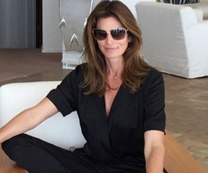 Cindy Crawford and Daughter Kaia, 14, Are Twinning in Matching Jumpsuits