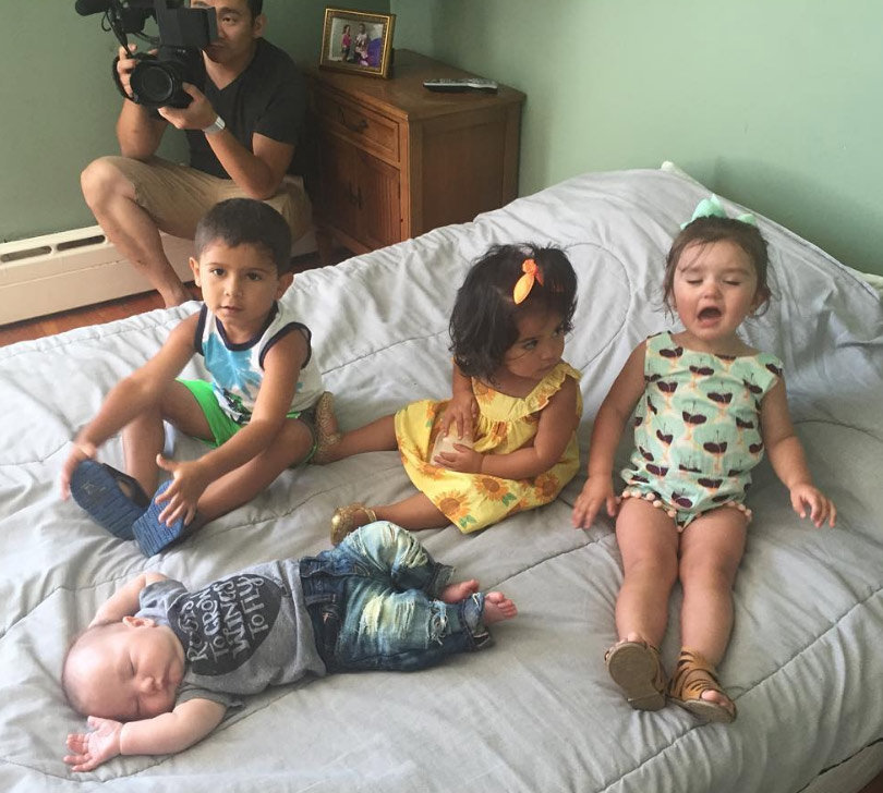 """Snooki & JWoww Bring Their Kids to the """"Jersey Shore"""" House Smoosh Room!"""