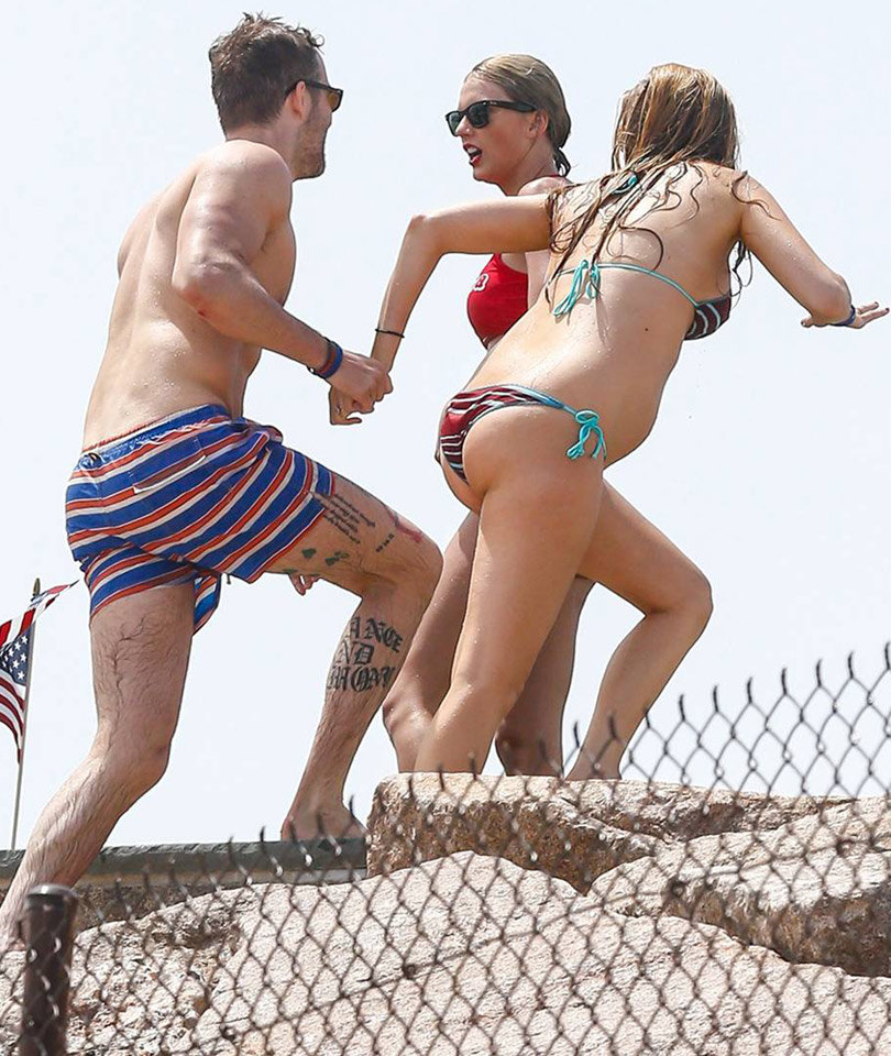 Ryan Reynolds Shows Off Crazy Leg Tattoos During July 4th Getaway With Blake Lively