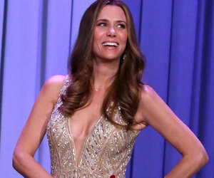 "Kristen Wiig Impersonates ""The Bachelorette"" JoJo Fletcher"