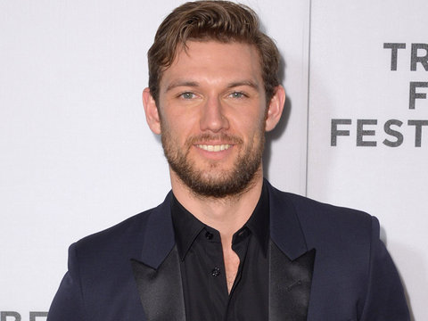 """Alex Pettyfer Still Has His """"Magic Mike"""" Moves -- See Him Dance to """"Pony"""" On Command!"""
