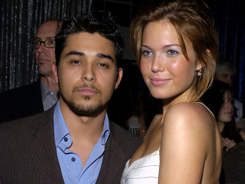 Friendly Exes! Mandy Moore & Wilmer Valderrama Reunite