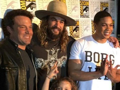 Jason Momoa Brings Son with Lisa Bonet Wolf to Comic-Con -- So Cute!