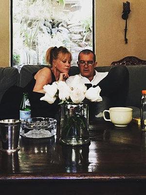 Melanie & Antonio Reunion & More -- See This Week's Best Celebrity Selfies!