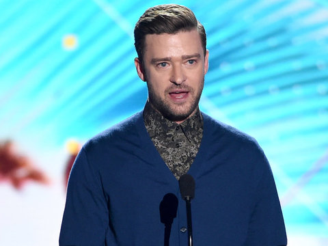 "Justin Timberlake Wins Decade Award At Teen Choice: ""Make The Days Count"""