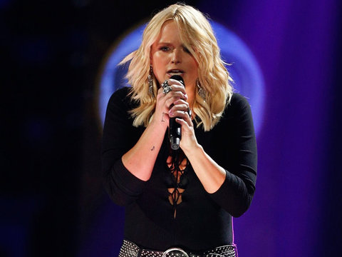 Miranda Lambert Breaks Down While Perfoming Song She Cowrote with Ex Blake Shelton