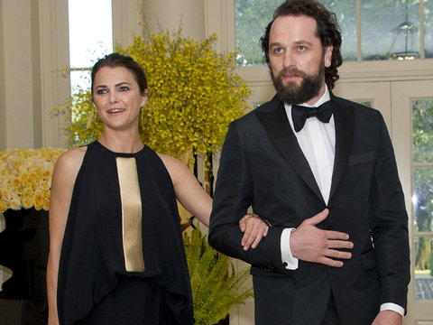 """Keri Russell Talks """"Americans"""" Sex Scenes with Real-Life Baby Daddy"""
