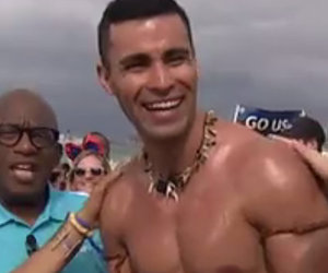 Hoda Kotb Oils Up Shirtless Olympian Pita Taufatofua!