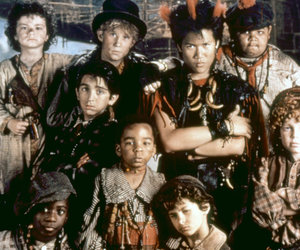 """The Lost Boys of """"Hook"""" Remember Robin Williams Two Years After His Death"""