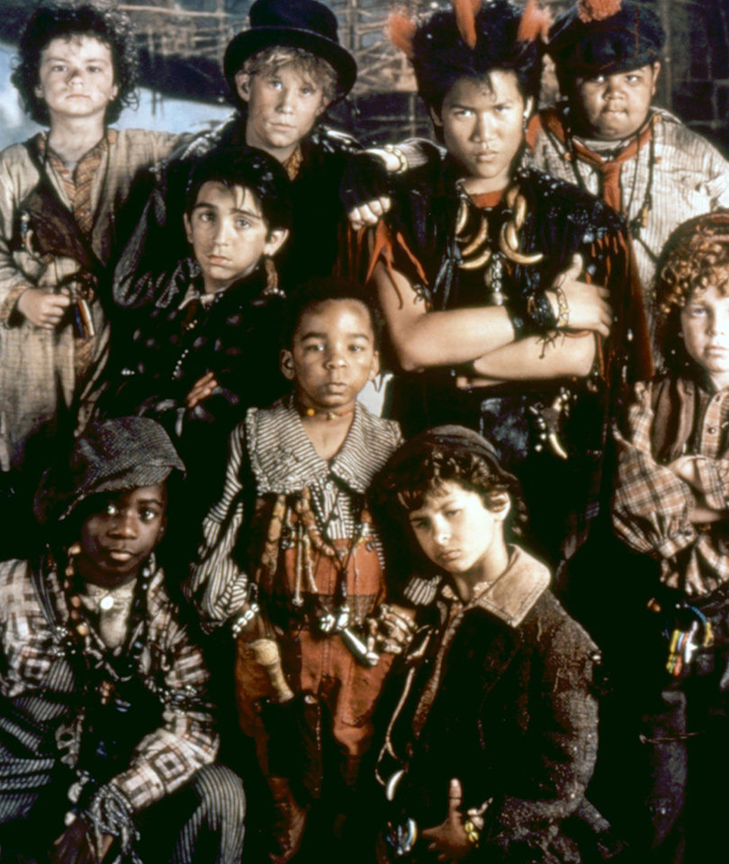 "The Lost Boys of ""Hook"" Remember Robin Williams Two Years After His Death"