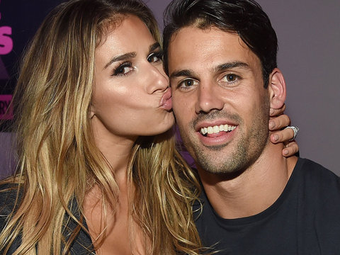 """Eric Decker Gushes Over Wife Jessie For #WCW, Says She's The """"Greatest Wife, Friend,…"""