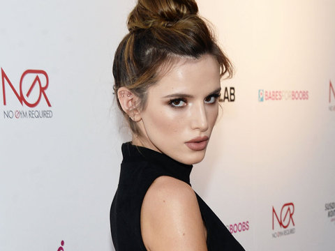 Bella Thorne Comes Out as Bisexual After Kissing Another Woman on Snapchat