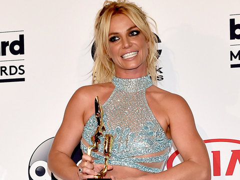Britney Spears Says She Almost Drowned in Hawaii