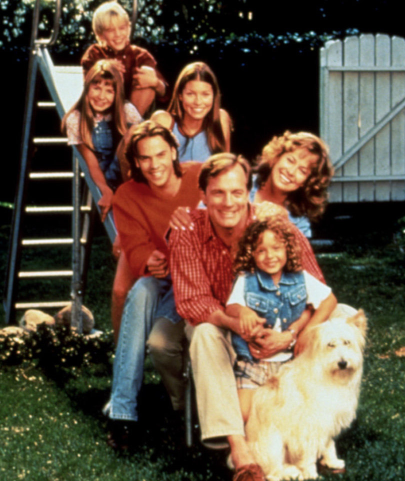 """7th Heaven"" Turns 20 Today -- Wait'll You See Ruthie & Simon Now!"