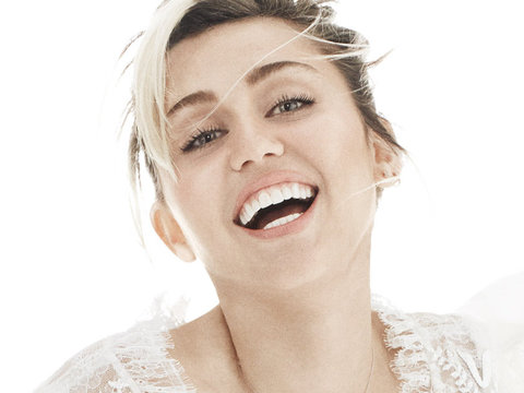 Miley Cyrus Reveals Why She'll Never Walk Red Carpet Again
