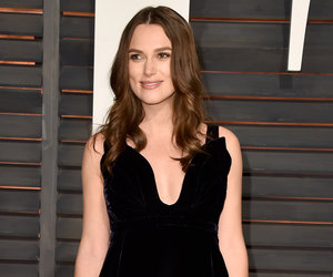 "Keira Knightley Clarifies Hair Loss Statements: ""I Wear Wigs For Films"""