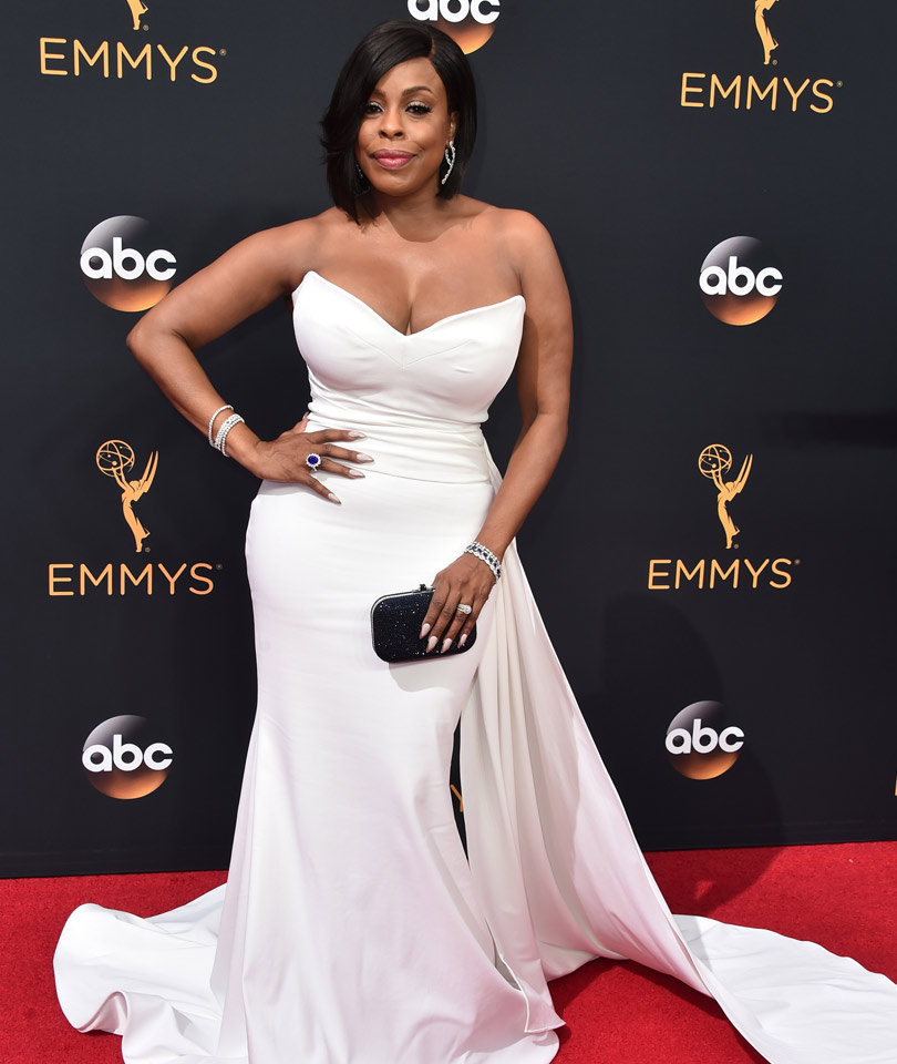 Niecy Nash Walks Emmys Red Carpet In Dress She Co-Designed with Christian Siriano