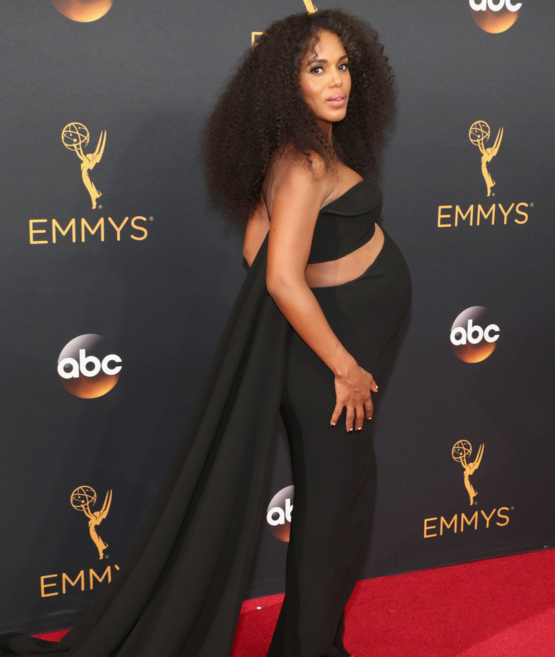 Kerry Washington Flaunts Baby Bump In Daring Cutout Dress at Emmys