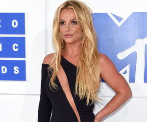 Britney Spears Flaunts Killer Abs In Sexy Instagram Dance Routine