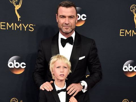 Liev Schreiber and His Mini Me Son Make Adorable Pair at Emmys!