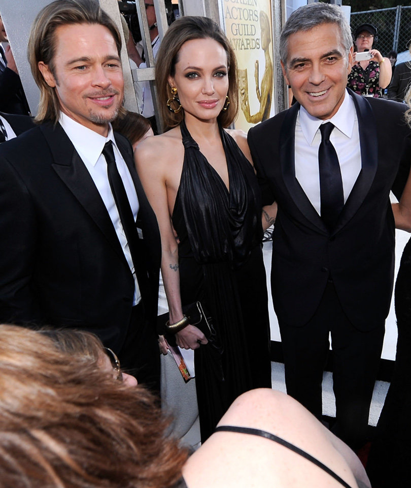 See Exact Moment Clooney Finds Out about Brangelina Divorce