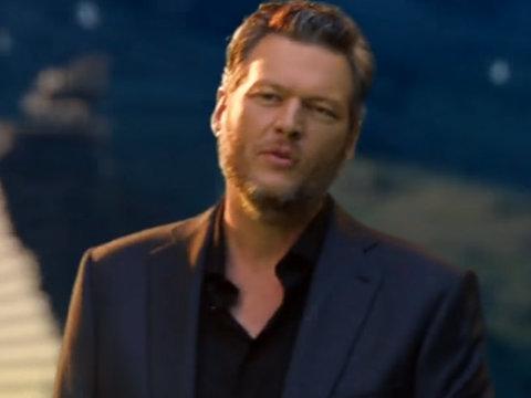 """Blake Shelton & Miranda Lambert Team Up With Fellow Country Superstars For """"Forever…"""
